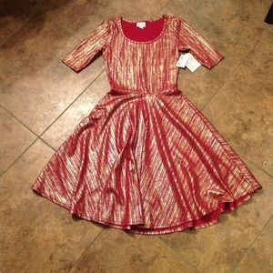 LuLaRoe Nicole Dress. Size XS. NWT!